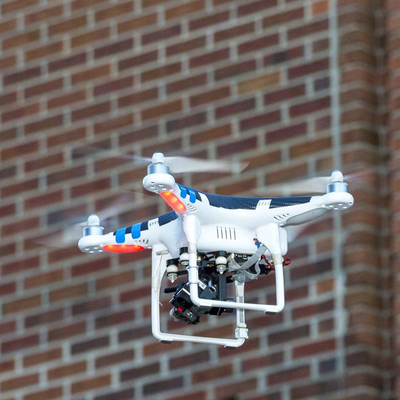 Sopralluogo degli stabili e delle coperture con drone